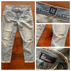GAP size 28 Best Girlfriend jeans